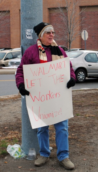 2014-11-28 Wallmart Protest 7334