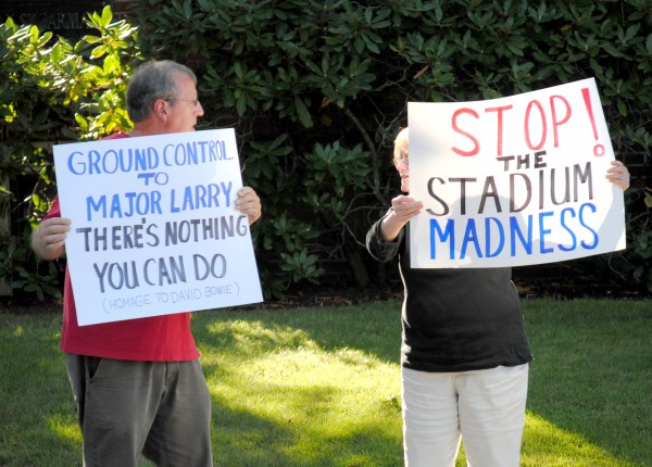 2015-09-15 PawSox Protest 007