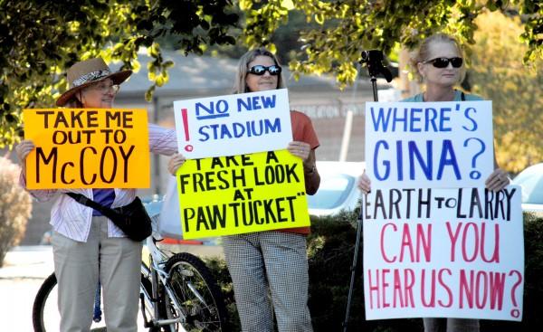 2015-09-15 PawSox Protest 015