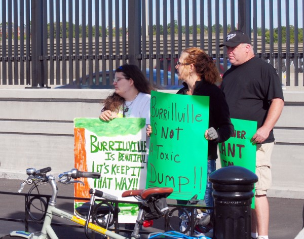 2015-09-21 Linear Park Fracked Gas Activism 003