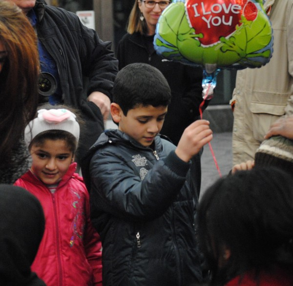 2016-02-11 First Syrian Refugee Family in RI 009