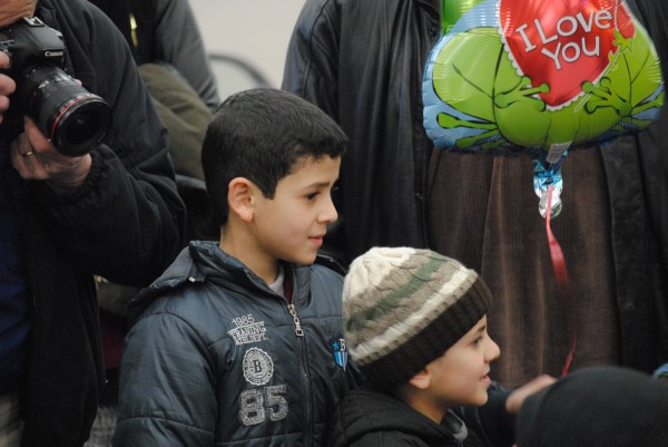 2016-02-11 First Syrian Refugee Family in RI 010
