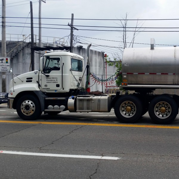 2016-06-08 NO LNG Chemical Truck 1824