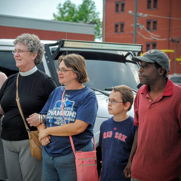 2016-06-23 Lock Arms for Peace 002