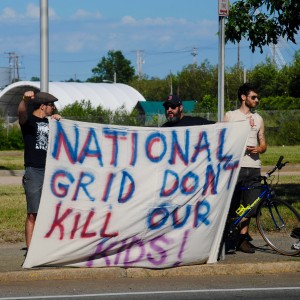 #NoLNGinPVD taking on  National Grid