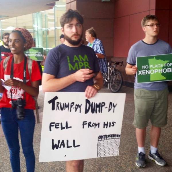 2016-08-19 MN Convention Center Protest 007