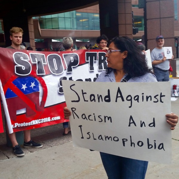 2016-08-19 MN Convention Center Protest 008