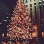 1987 Rockefeller Center Tree (via Wikimedia Commons,   by James G. Howes, 1987.)