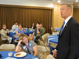 Former Presidential candidate Martin O'Malley speaks with the RI delegation.