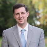 Seth Magaziner announces bid for general treasurer