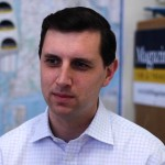 Seth Magaziner: hedge fund contracts should be public