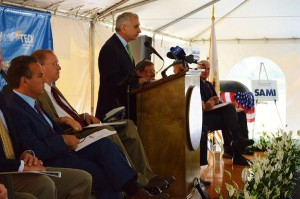 Sen Reed speaks at New England Tech earlier this week about a new program to train boat builders.