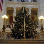 Chafee calls for truce in war on Christmas